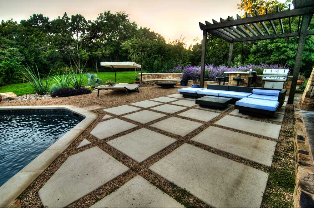 Does Your Austin Swimming Pool Need to be Remodeled?