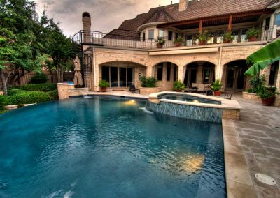 Barton-Creek-Austin-Texa-Negative-Edge-Pool-and-Spa