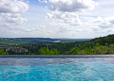 Faux-Negative-Edge-Austin-Pool-Builder