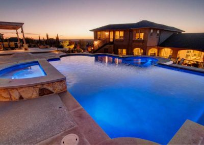 River-Place-in-Austin-Texas-Swimming-Pool-Complex