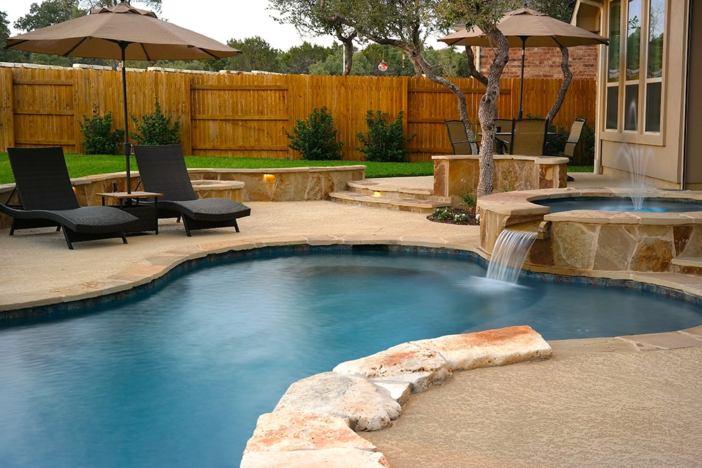 Round Rock Swimming Pool Spa Waterfall Covered Patio 2