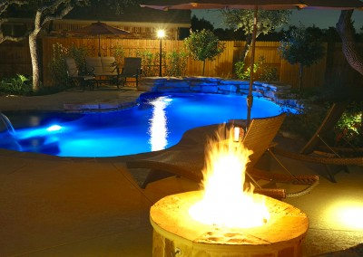 Round Rock Swimming Pool Spa Waterfall Covered Patio 5