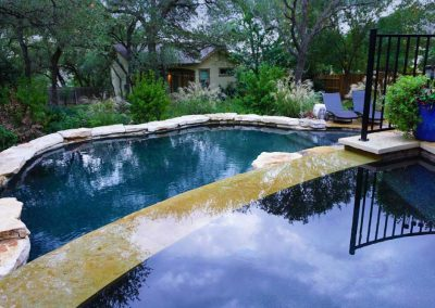 neg-edge-spa-austin-swimming-pool