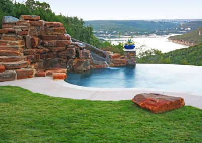 negative-edge-pool-builders-in-austin